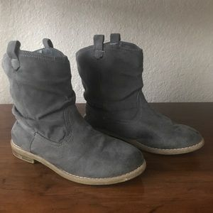 Old Navy Faux Suede Gray Pull On Western Boots 12